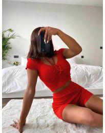 Дамски комплект тениска и къси панталонки рипс в червено - код 1086