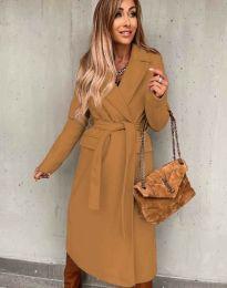 Дълго дамско палто с колан в цвят капучино - код 0876