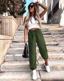 Дамски спортен панталон със странични джобове и висока талия в масленозелено - код 0334