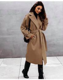 Kabát - kód 410 - barna
