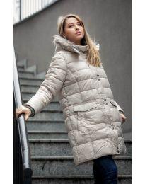 Дълго зимно шупляково дамско яке в бежово с пух на качулката - код 9397