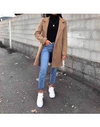 Kabát - kód 950 - barna