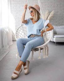 Блуза с ефектни ръкави в светлосиньо - код 2922
