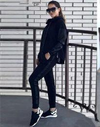 Спортен дамски комплект с долнище и суичър с качулка в черно - код 3396