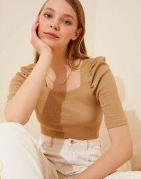 Дамска блуза с атрактивни ръкави рипс в бежово - код 1300