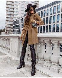 Kabát - kód 3839 - barna