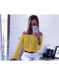 Кокетна дамска риза в цвят горчица с голи рамене - код 7126