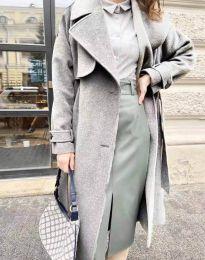 Дамско дълго елегантно палто с копчета и колан в сиво - код 1635