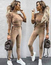 Дамски комплект блуза с поло яка и втален панталон кадифе в бежово - код 4871