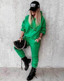 Дамски свободен спортен комплект с долнище и суичър с качулка в зелено - код 12095